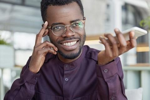 Importancia de la banca móvil en el desarrollo financiero de Áfric