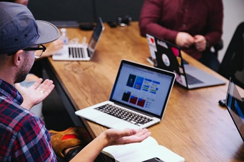 Aprende a atraer y retener talento en tu startup